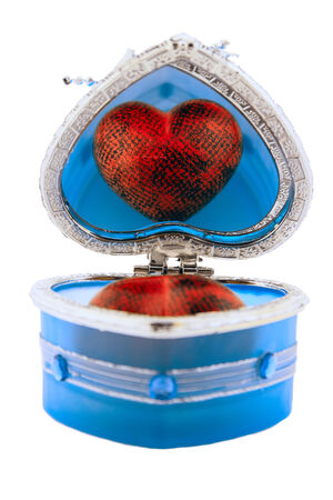 Heart   box lock key mirror reflection figure black red blue subject  still life Valentne's day photo