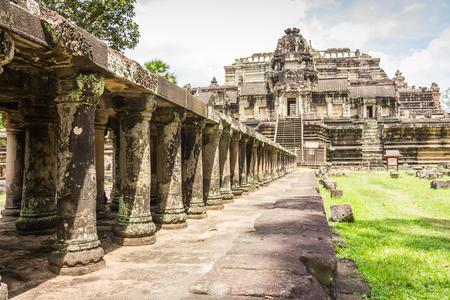 Baphuon tempel Cambodja Stockfoto - 80893326