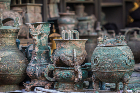 Antiques in Beijing market Stock Photo