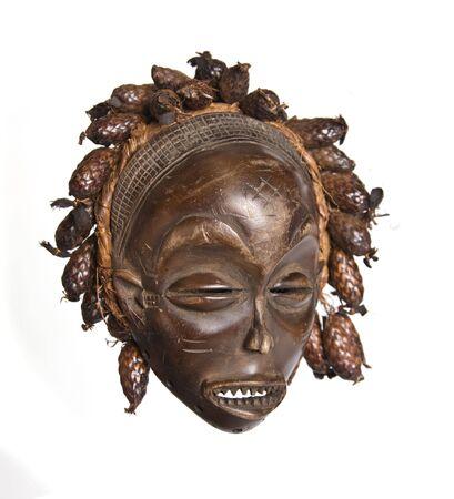 南アフリカ共和国、コンゴ、チャド、ケニア、ウガンダ、スタイルのヴィンテージ アフリカのマスクの別のコレクション 写真素材