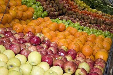 fruit in de productie-afdeling van een supermarkt