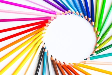 ni�os con l�pices: L�pices de colores
