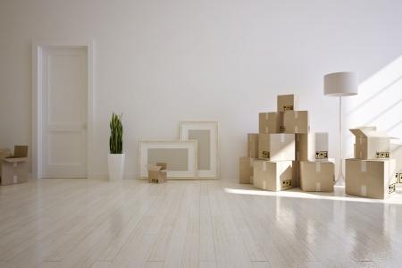cajas de carton: interior de la casa se mueve con cajas de cartón Foto de archivo