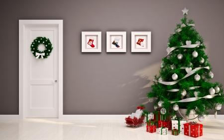 dekoration: Weihnachten Interieur mit Tür Baum Lizenzfreie Bilder
