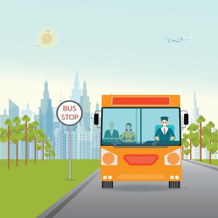 Autobús con conductor y el pasajero dentro, de pie en la parada de autobús, vista a la ciudad en el fondo, el transporte ilustración de estilo plano. Ilustración de vector