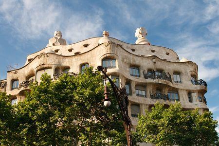la: Casa Mila (La Pedrera) by Antonio Gaud�, Barcelona, Spain.