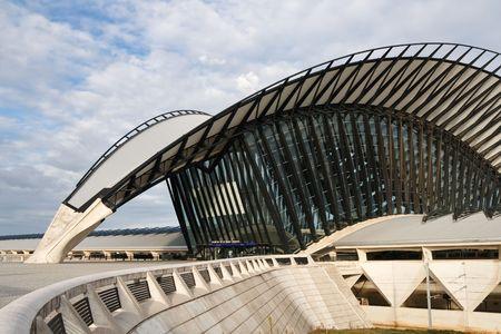 Architecture moderne: Gare de Saint-Exup�ry, Lyon, France Banque d'images