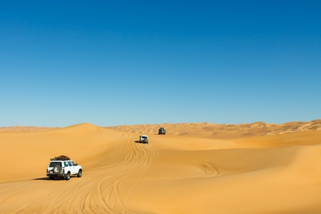 erg: Sahara Desert Safari - Off-road vehicles driving in the Awbari Sand Sea, Libya