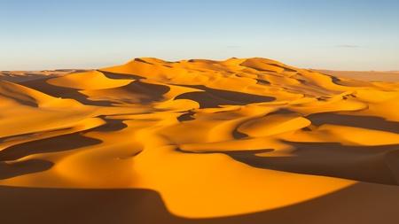 Endless sand dunes at sunset - Murzuq Desert, Sahara, Libya Stock Photo