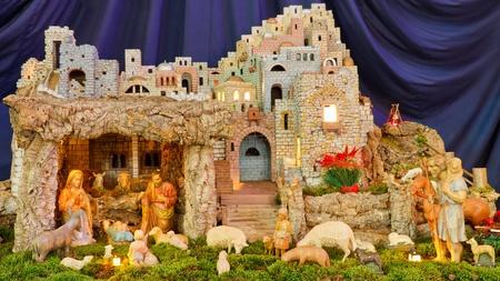 クリスマス降誕シーン - 赤ちゃんイエス、マリア、ヨセフ & 羊飼い。