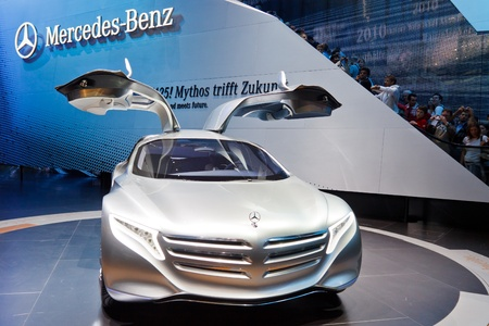 64th iaa: FRANKFURT - SEP 24: Mercedes-Benz F125 Concept Car shown at the 64th IAA Motor Show (Internationale Automobil-Ausstellung) in Frankfurt, Germany, on September 24, 2011.