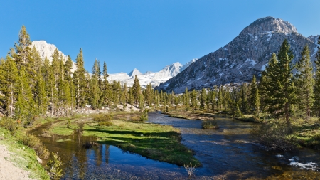 Sierra Nevada Scenery - Bubbs Creek in Kings Canyon National Park and Forester Pass in the Distance. Stock Photo - 17172216