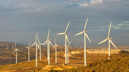 emissions: Windmills at Tehachapi Pass Wind Farm, California, generating clean renewable electrical energy without carbon dioxide emissions to fight climate change and global warming  Stock Photo