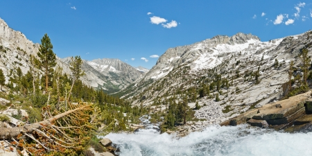 jmt: Alpine Scenery Panorama - High Sierra Nevada, California, USA