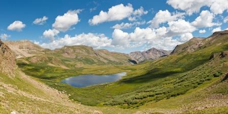 rocky mountains: Colorado Mountain Lake Panorama, Rocky Mountains, Verenigde Staten