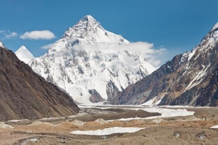 K2、2 番目、世界で最も高い山。パキスタンのカラコルム山脈