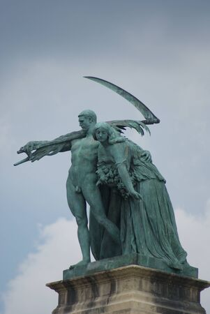 Heroes Square Statue