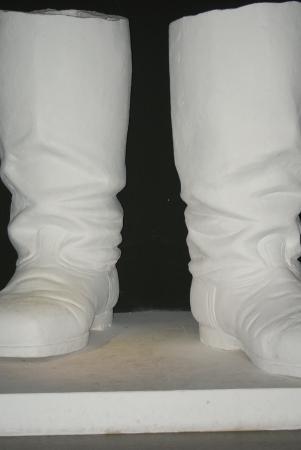 grandstand: Stalin Grandstand Boots Replica - Memento Park - Budapest