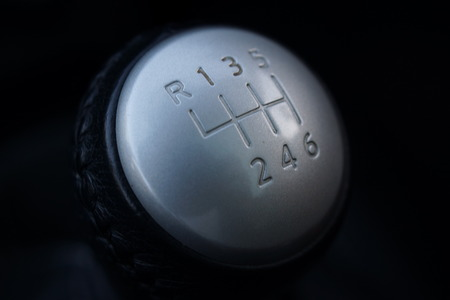 gearstick: A black and silver gearstick with 6 gears Stock Photo