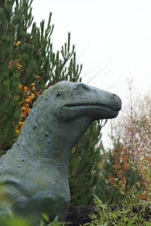 �spiked: Iguanadon - El dinosaurio salvaje extinto con pinchos Pulgares