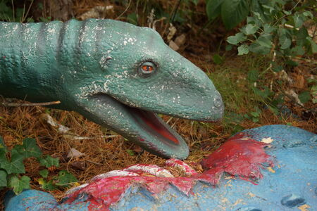 karkas: Een Coelophysis het eten van een dode Scelidosaurus karkas