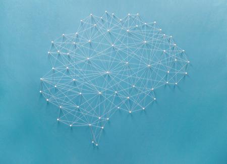 ピンとスレッドによって作成されたニューラル ネットワーク