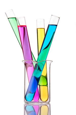 vaso de precipitado: Tubos de ensayo y cristaler�a qu�mica Foto de archivo