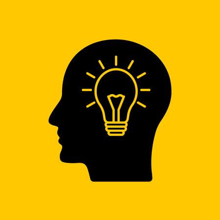 Profilschattenbild eines Kopfes mit einer Glühbirne innen. Das Konzept neuer Ideen, Kreativität und Erfindungen. Vektorillustration Vektorgrafik