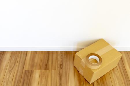 Room of newly built house and cardboard box 版權商用圖片