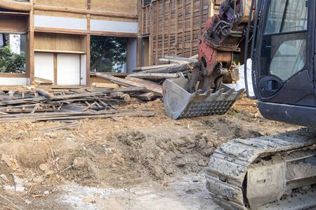 Demolition work of an old Japanese wooden house 스톡 콘텐츠