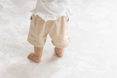 Baby's feet that stood up (1 year and 2 months old, girl, Japanese)