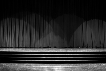 Stage wood with ladder and red curtains in a theater. Banque d'images - 120090748