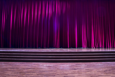 Stage wood with ladder and red curtains in a theater. Banque d'images - 120090773