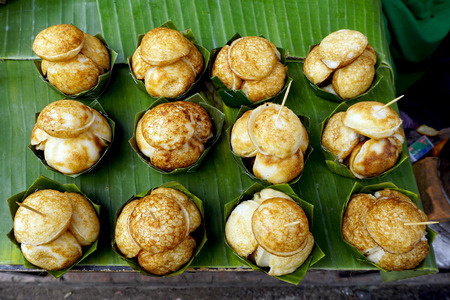 savory: Sweet and Savory Grilled Coconut-Rice Hotcakes, Coconut Rice Cake, Asian dessert, Thai, Thailand, Luang Prabang, Laos