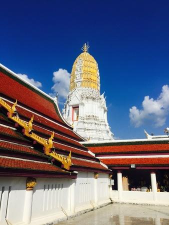 Wat mahathat temple stupa historical architecture Phitsanulok, Thailand