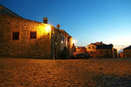 austere: Portugal ville