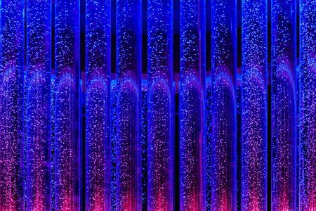 Luftblasen zurück in die Röhrchen mit Flüssigkeit gefüllt Brennereien