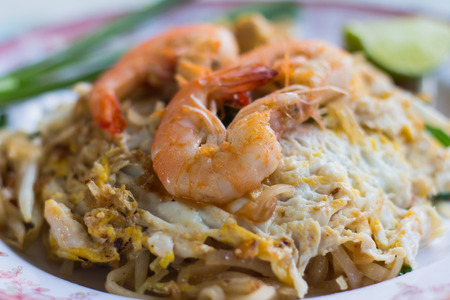 gung: Thai Fried Noodles With Prawn ,Pad Thai Gung Sod Stock Photo