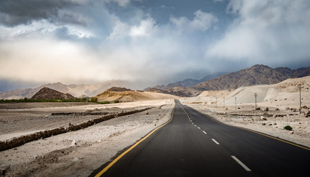 seson: The route to Leh in Ladakh, India Stock Photo