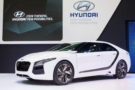 new thinking: Bangkok-3 dicembre concept Hyundai nuovo di pensare nuove opportunit� al 30 � Thailand International Motor Expo il 3 Dicembre 2013 a Bangkok, Thailandia