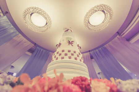 Wedding cake vintage look photo