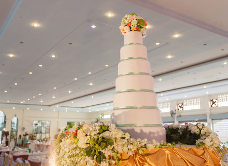 Cake decoration for wedding ceremony