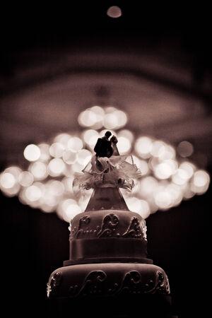 결혼식을위한 아름다운 케이크 장식 스톡 콘텐츠