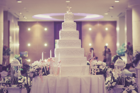 Beautiful vintage Cake decorate for Wedding Ceremony