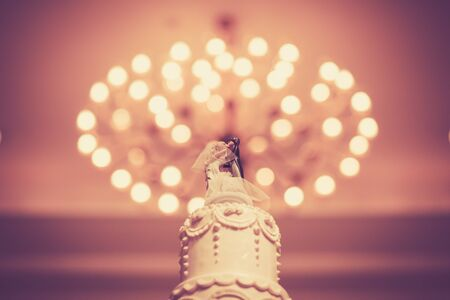 decorate: Beautiful vintage Cake decorate for Wedding Ceremony