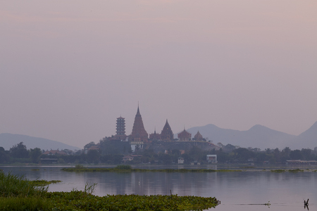 Landscape river side of Wat Tham Sua Thai temple in Kanchanaburi, Thailand, Copy space to add text 免版税图像