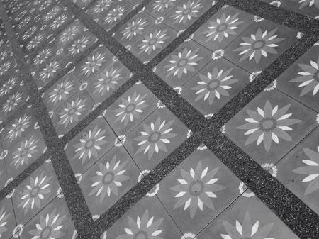 floo: tiles texture on the floor