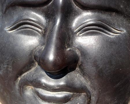 metal sculpture: Il primo colpo di cinese volto di metallo scultura statua