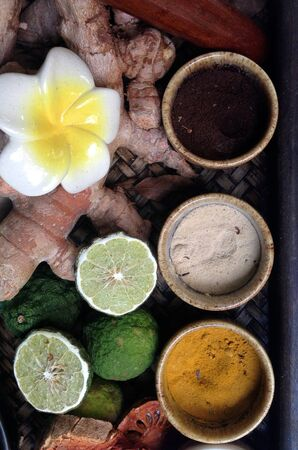 spa still life with spa herbal, in wooden bowl Stockfoto