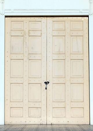 wood door with lock Stockfoto